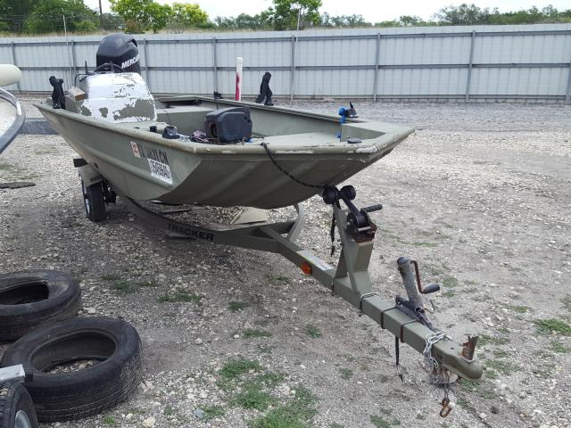 Tracker Vehiculos salvage en venta: 2011 Tracker Boat