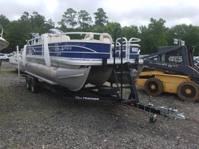 Suntracker Boat salvage cars for sale: 2016 Suntracker Boat