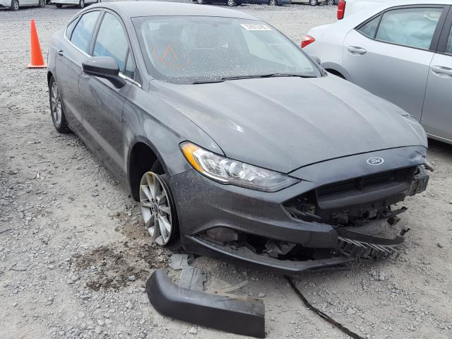 Salvage cars for sale from Copart Madisonville, TN: 2017 Ford Fusion SE