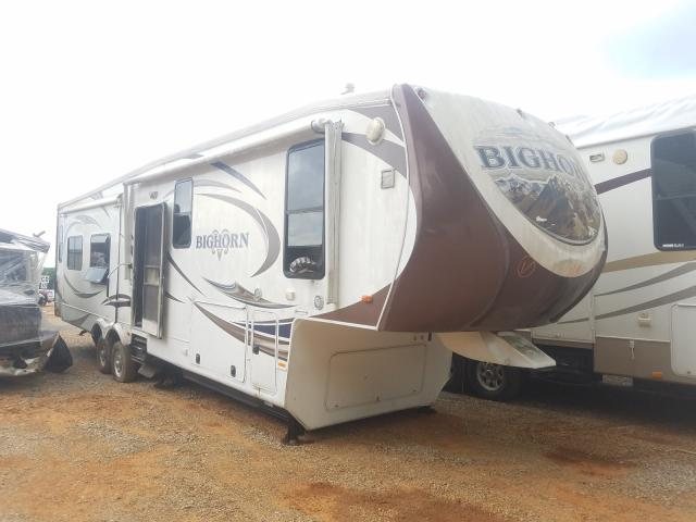 Salvage cars for sale from Copart Tanner, AL: 2013 Big Horn 5th Wheel