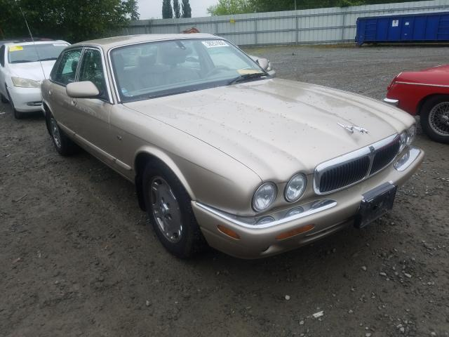 Salvage cars for sale from Copart Arlington, WA: 2000 Jaguar XJ8
