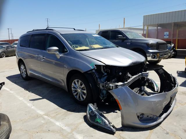 Chrysler Pacifica T salvage cars for sale: 2017 Chrysler Pacifica T