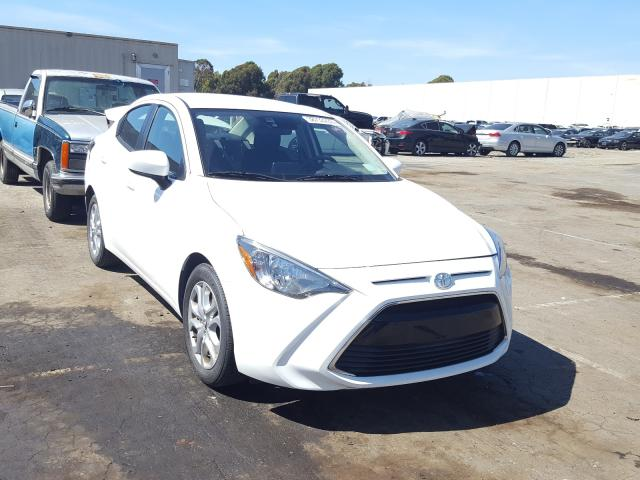 Salvage cars for sale from Copart Hayward, CA: 2018 Toyota Yaris IA