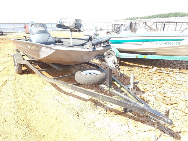 Xpress salvage cars for sale: 2001 Xpress Boat