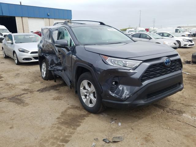 Salvage cars for sale from Copart Woodhaven, MI: 2019 Toyota Rav4 XLE