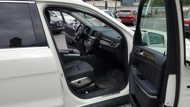 4JGDF7CE2DA158254 - 2013 Mercedes-Benz Gl 450 4Ma 4.6L rear view