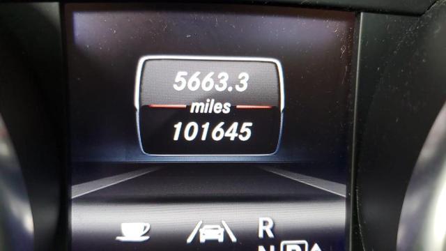 4JGDF7CE2DA158254 - 2013 Mercedes-Benz Gl 450 4Ma 4.6L engine view