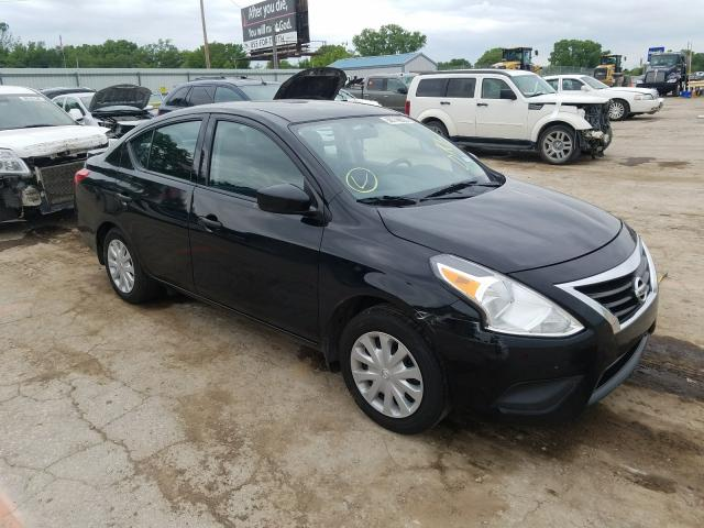 Salvage cars for sale from Copart Wichita, KS: 2017 Nissan Versa S