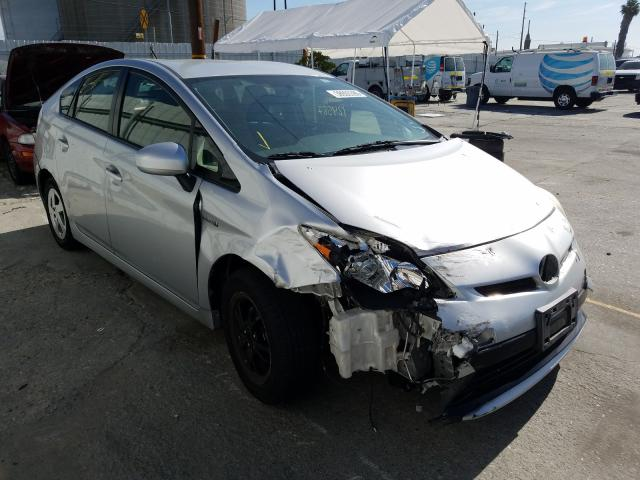 Salvage cars for sale from Copart Wilmington, CA: 2014 Toyota Prius