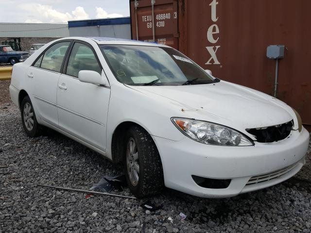Salvage cars for sale from Copart Hueytown, AL: 2005 Toyota Camry LE