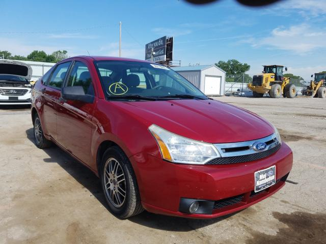 Salvage cars for sale from Copart Wichita, KS: 2011 Ford Focus SE