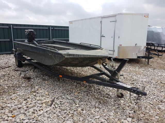 Salvage 2017 Alumacraft BOAT for sale