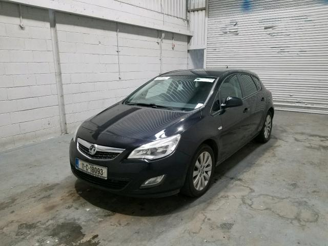 VAUXHALL ASTRA EXCL - 2011 rok