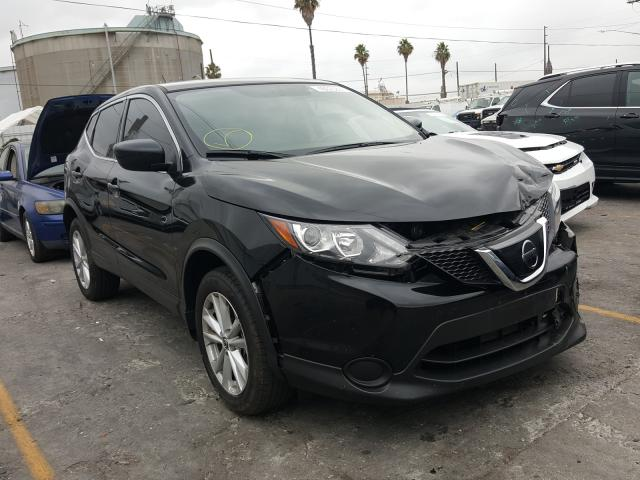Nissan Rogue Sport salvage cars for sale: 2019 Nissan Rogue Sport