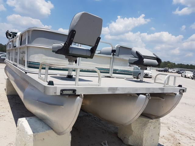Salvage 2001 Odys BOAT for sale