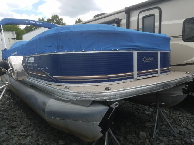 Salvage cars for sale from Copart Mebane, NC: 2013 Suntracker Boat