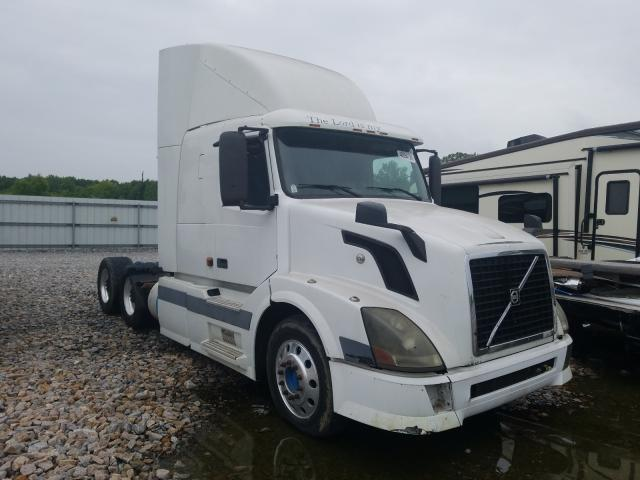 Volvo salvage cars for sale: 2005 Volvo VN VNL