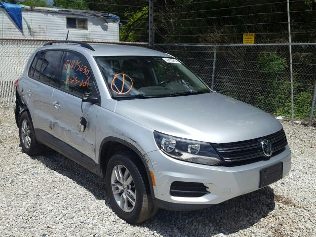 Salvage cars for sale from Copart Northfield, OH: 2016 Volkswagen Tiguan S