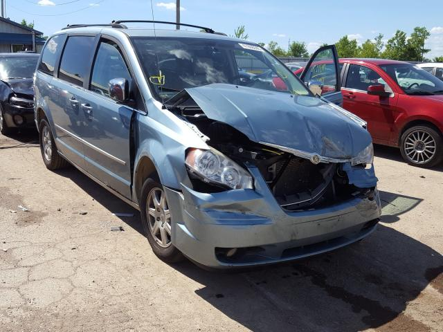 2A4RR8DX6AR368106-2010-chrysler-town-and-country
