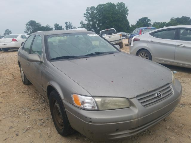 Salvage cars for sale from Copart China Grove, NC: 1998 Toyota Camry CE