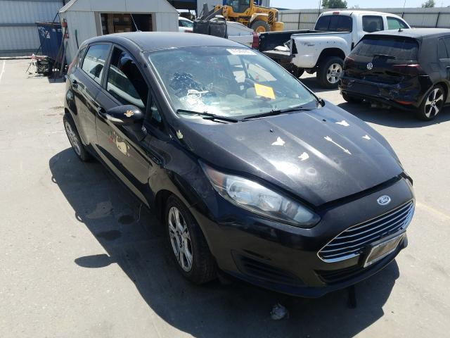 Salvage cars for sale from Copart Bakersfield, CA: 2014 Ford Fiesta SE