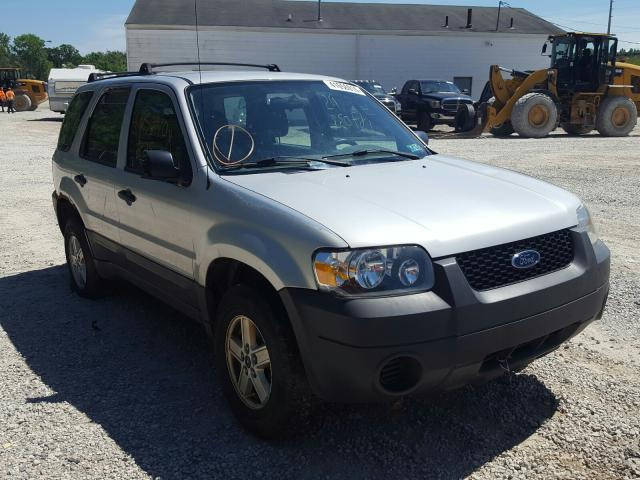 Salvage cars for sale from Copart Northfield, OH: 2007 Ford Escape XLS