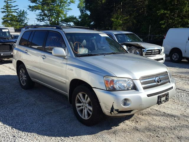 Salvage cars for sale from Copart Northfield, OH: 2006 Toyota Highlander