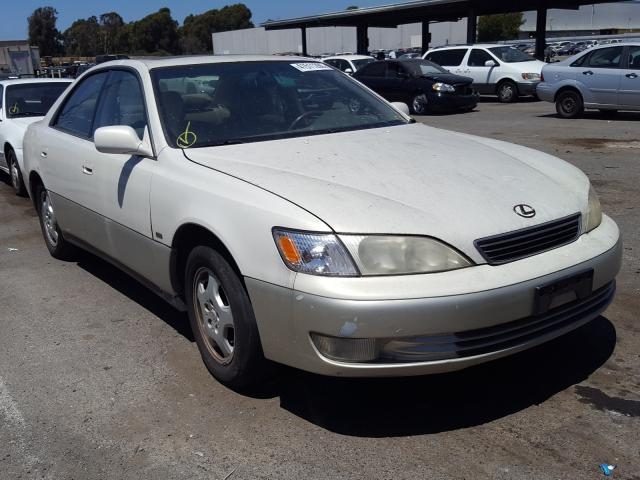 Salvage cars for sale from Copart Hayward, CA: 1999 Lexus ES 300