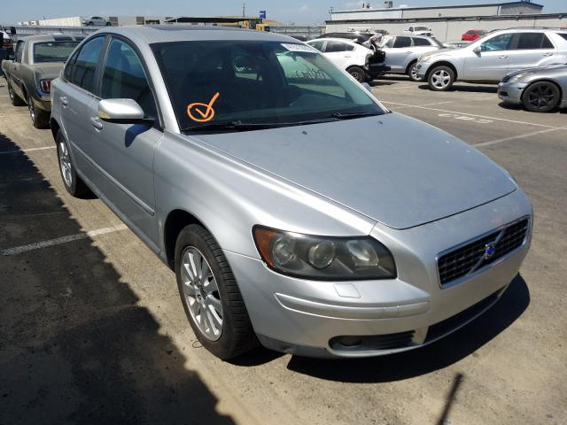 Volvo salvage cars for sale: 2005 Volvo S40 T5
