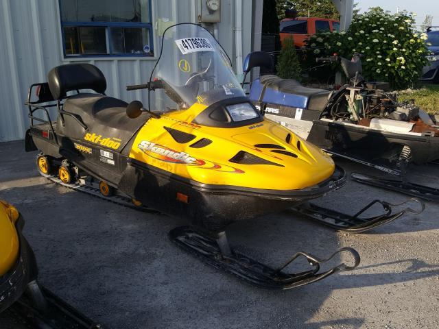 YK3S209572R000702-2002-ski-doo-snowmobile