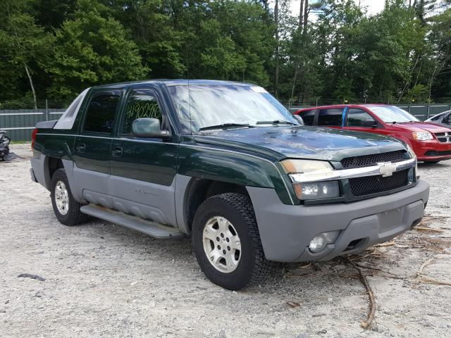Salvage cars for sale from Copart Candia, NH: 2002 Chevrolet Avalanche