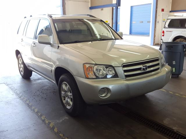 Salvage cars for sale from Copart Pasco, WA: 2003 Toyota Highlander