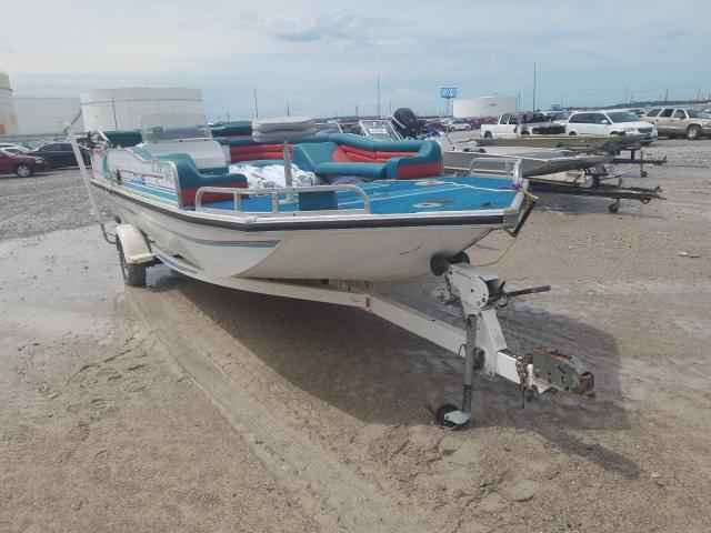 Salvage 1996 LOWE BOAT - Small image. Lot 42694370