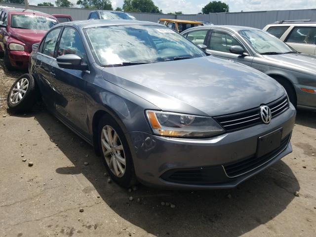 Salvage cars for sale from Copart Cudahy, WI: 2013 Volkswagen Jetta SE