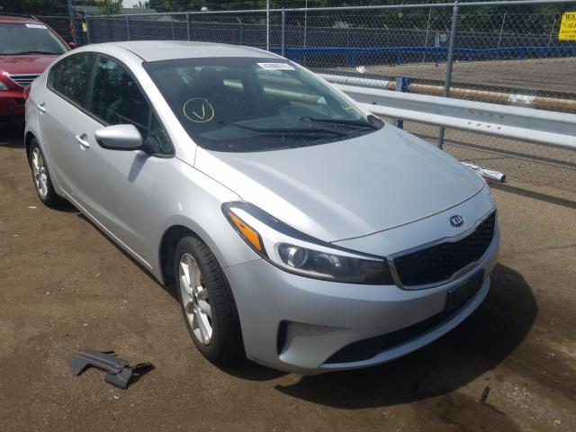 KIA Forte LX salvage cars for sale: 2017 KIA Forte LX