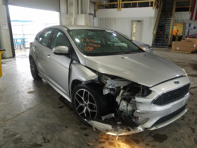 Salvage cars for sale from Copart Kansas City, KS: 2016 Ford Focus SE
