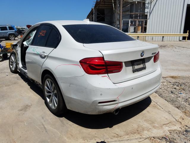 купить 2017 BMW 320 I WBA8E1G36HNU17886