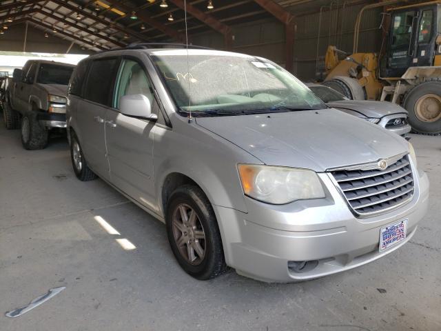 2A8HR54P98R103859-2008-chrysler-minivan