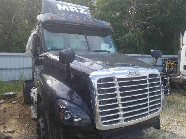 2018 Freightliner Cascadia 1 for sale in Glassboro, NJ