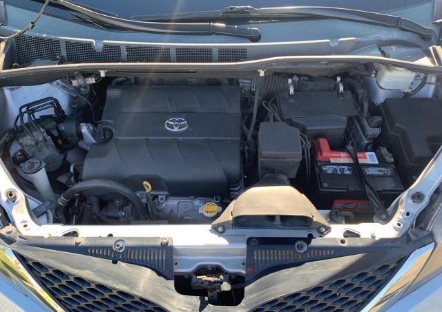2012 Toyota Sienna Spo 3.5L inside view