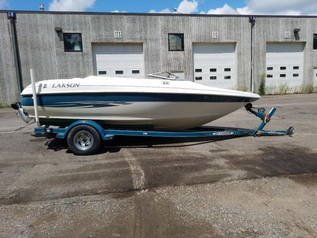 Salvage 1990 Larson BOAT 176 for sale