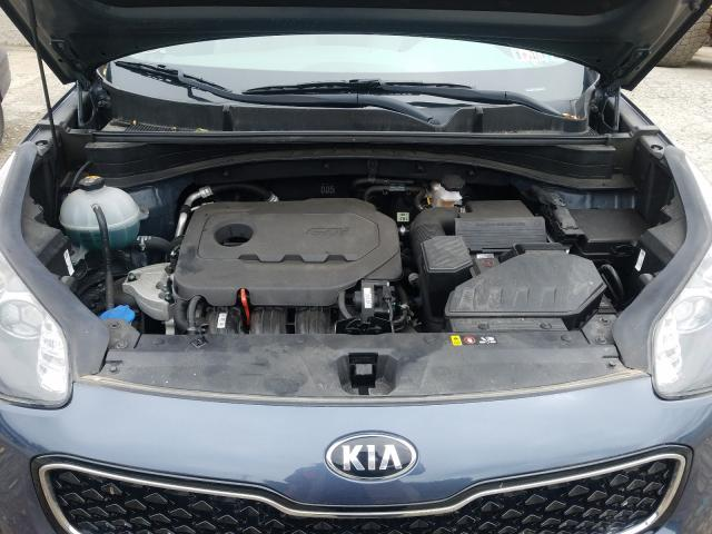 KNDPMCAC8J7391954 - 2018 Kia Sportage L 2.4L inside view