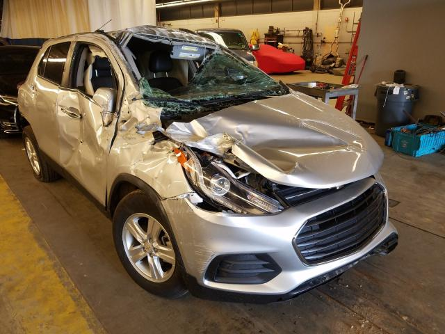 Salvage cars for sale from Copart Wheeling, IL: 2020 Chevrolet Trax 1LT