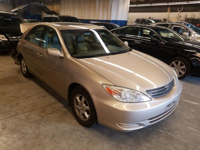 Salvage cars for sale from Copart Wheeling, IL: 2002 Toyota Camry LE