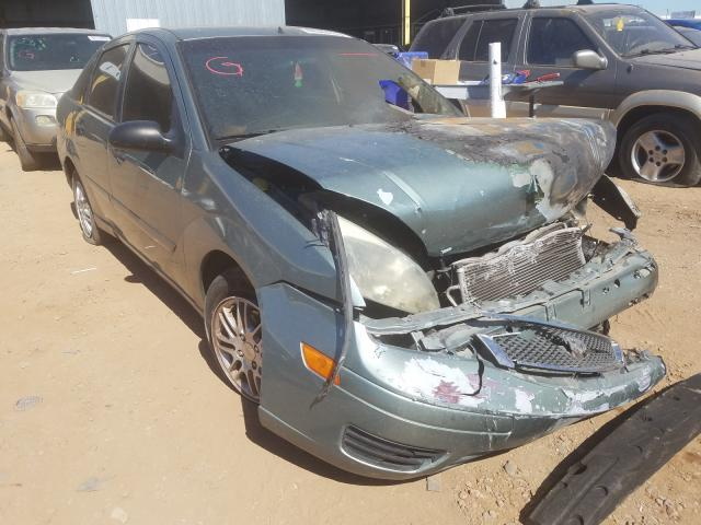 Ford Focus ZX4 Vehiculos salvage en venta: 2005 Ford Focus ZX4