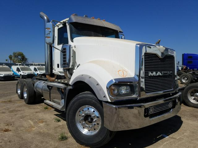 Mack salvage cars for sale: 2013 Mack 700 Titan