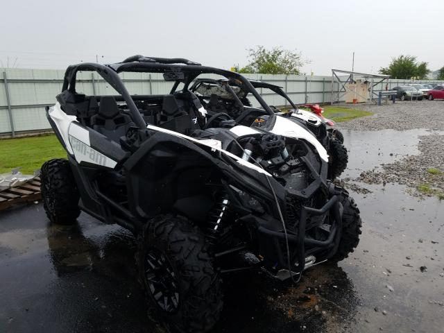 CAN-AM MAVERICK X