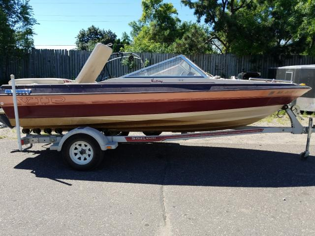 Salvage 1988 Vipp BOAT for sale