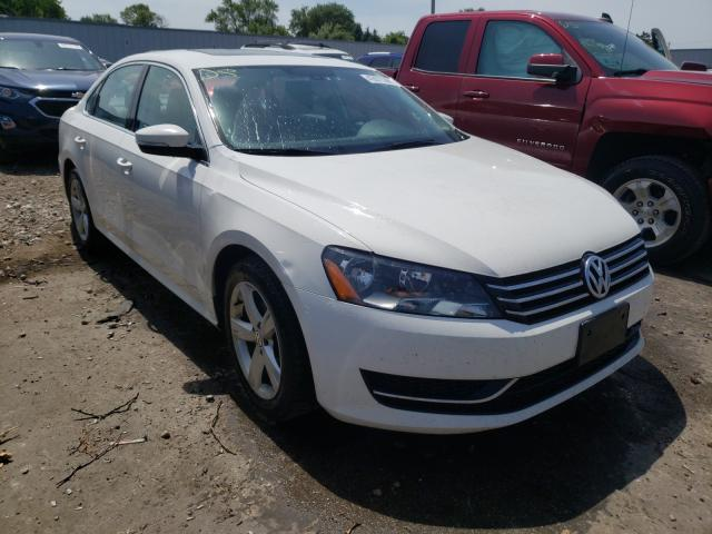 Salvage cars for sale from Copart Cudahy, WI: 2013 Volkswagen Passat SE