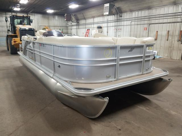 Salvage cars for sale from Copart Avon, MN: 2018 Starcraft Boat